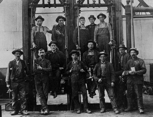 http://www.miningartifacts.org/Centennial_Eureka_Mine_-_UT_2.jpg
