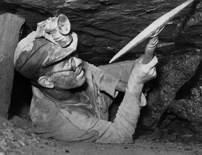 Artifacts in Coal http://www.miningartifacts.org/Kansas-Mines.html