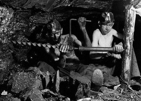 [Image: Young_Coal_miners_-_UK.jpg]